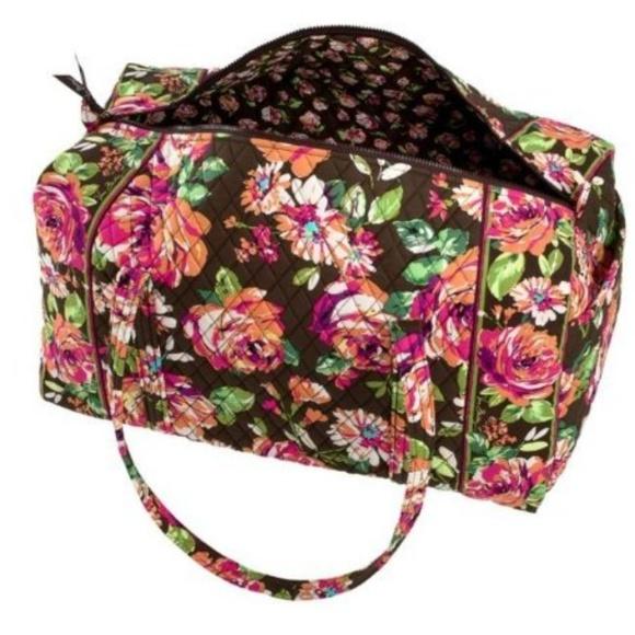 e890267530 Vera Bradley Large Duffel Bag English Rose. M 5badeb8b2e14787083746b35